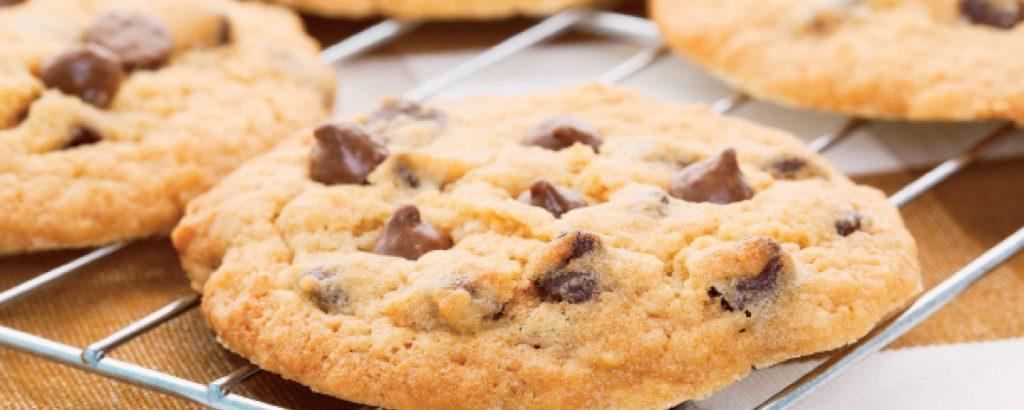 Κλασικά chocolate chips μπισκότα