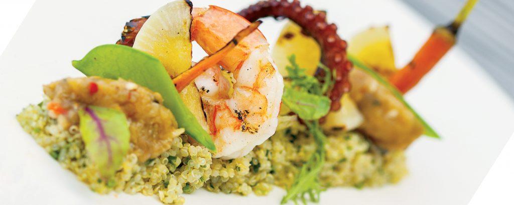 Σαλάτα με κινόα και χόρτα φούρνου