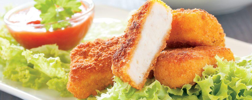 Σπιτικά πικάντικα chicken nuggets
