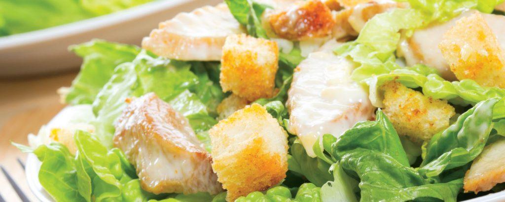 Σαλάτα Caesar με κοτόπουλο