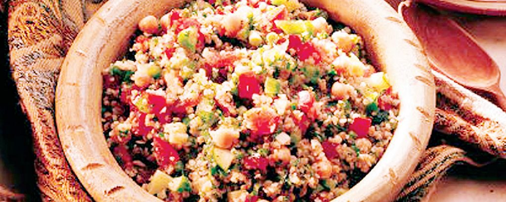 Σαλάτα με πουργούρι Vs Κριθαράκι με λαχανικά
