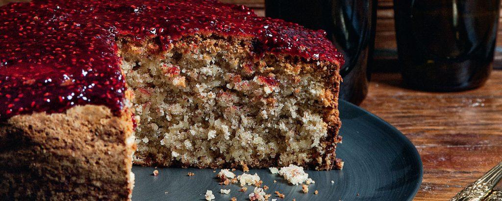 Κέικ αµυγδάλου με μαρµελάδα