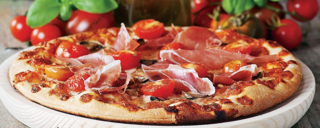 Τέλεια σπιτική πίτσα με προσούτο