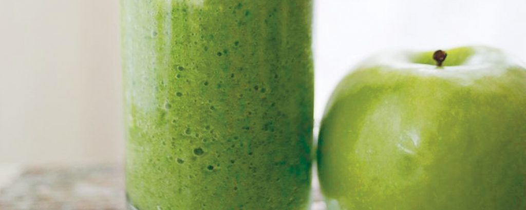 Smoothie με πράσινο μήλο