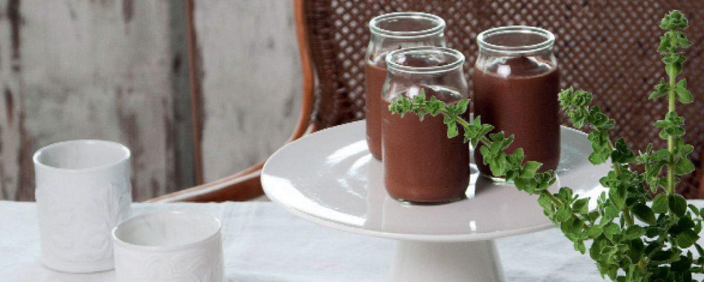 Κρέμα σοκολάτας με γιαούρτι και μέλι