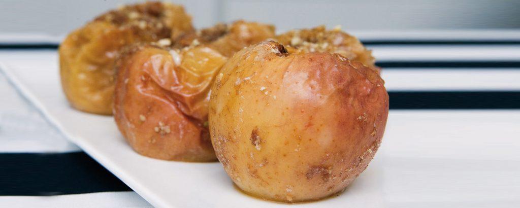 Ψητά μήλα με αμύγδαλα