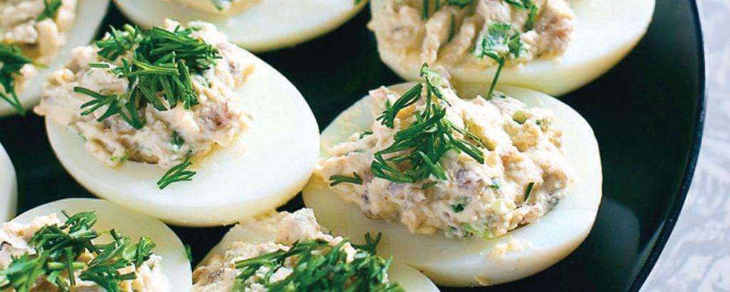 Αβγά γεμιστά με τόνο