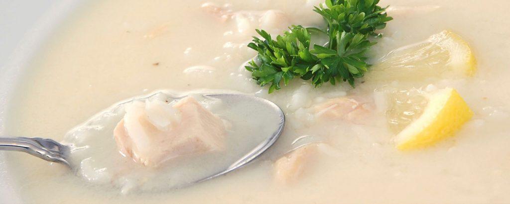 Σούπα αβγολέμονη με κοτόπουλο