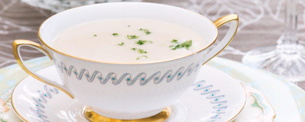 Σούπα τραχανάς βελουτέ σε ζωμό λαχανικών