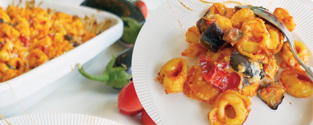 Τορτελίνι στο φούρνο  με μελιτζάνες