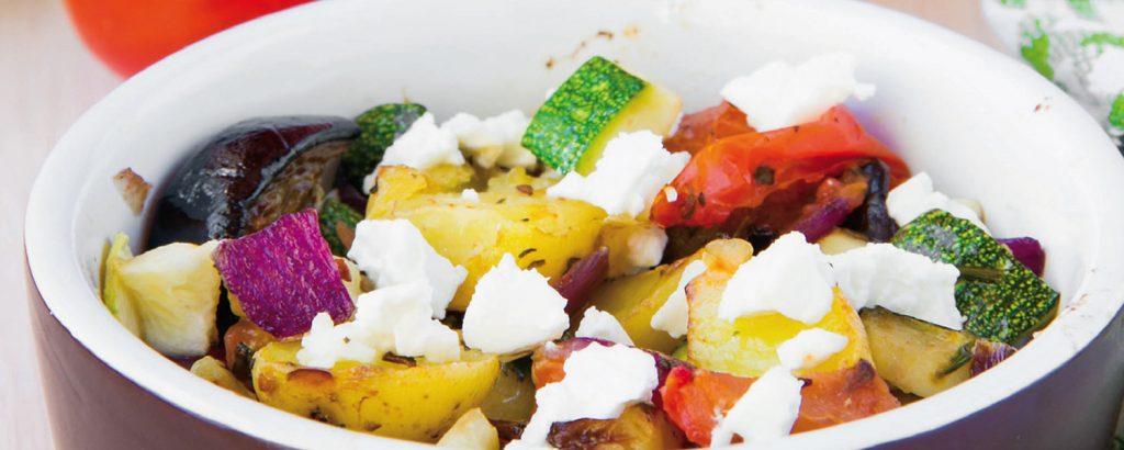 Σαγανάκι με λαχανικά τουρλού και φέτα