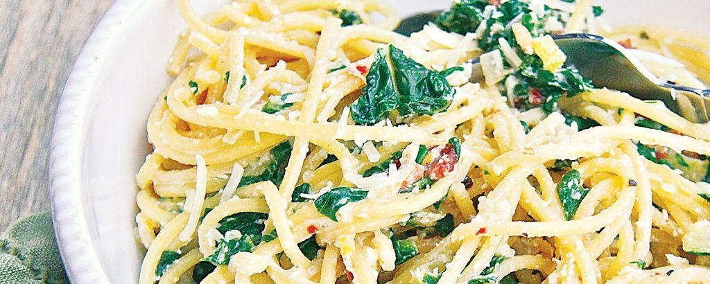 Σπαγέτι με αναρή και λάχανα