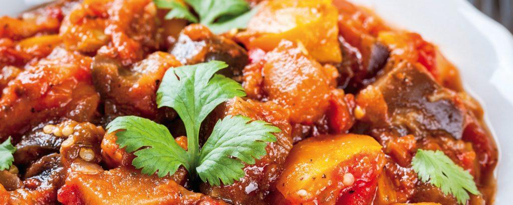 Λαχανικά κοκκινιστά σιγομαγειρεμένα