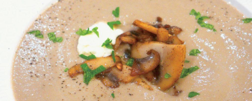 Βελουδένια μανιταρόσουπα με τυρί Mascarpone