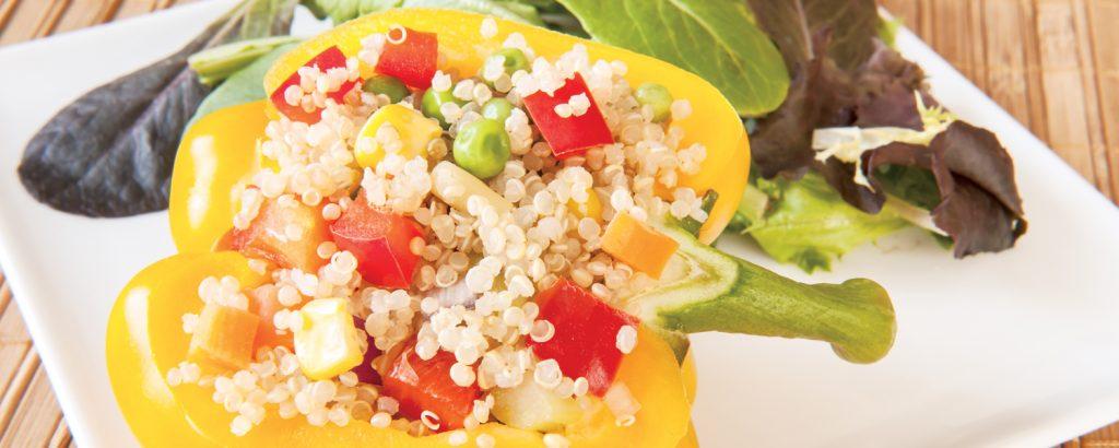 Σαλάτα με κινόα και πιπεριές