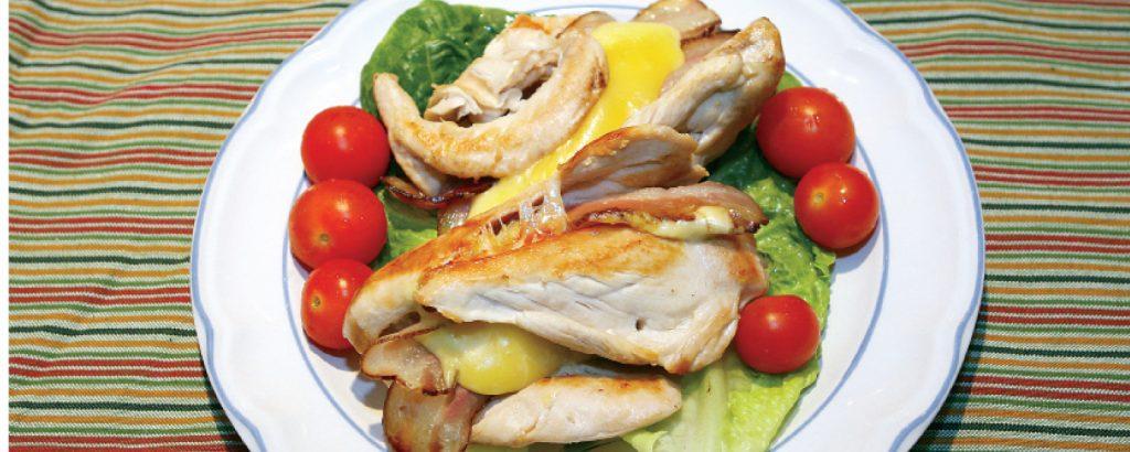 Κοτόπουλο με μπέικον και τυρί