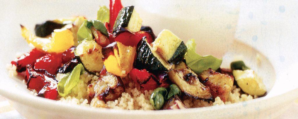 Ψητά λαχανικά με ζεστό πλιγούρι και χούμους