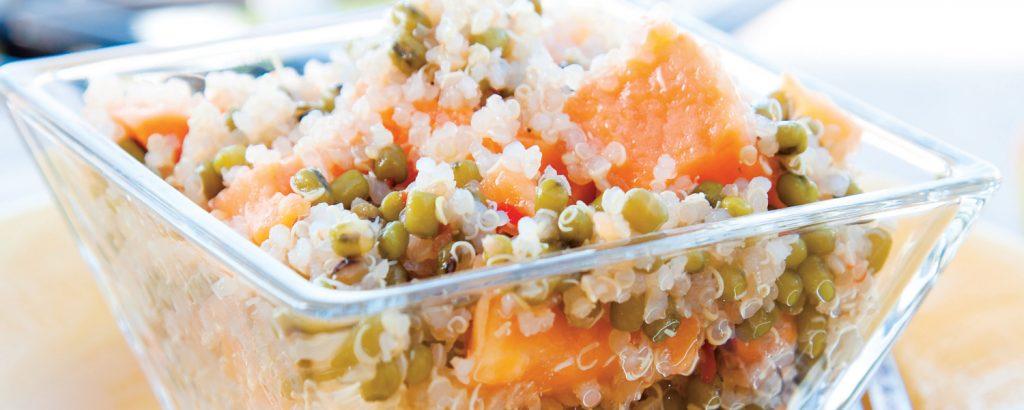 Σαλάτα με κινόα και παπάγια