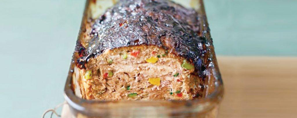 Ρολό-κέικ γαλοπούλας με λαχανικά και γλάσο βαλσάμικου