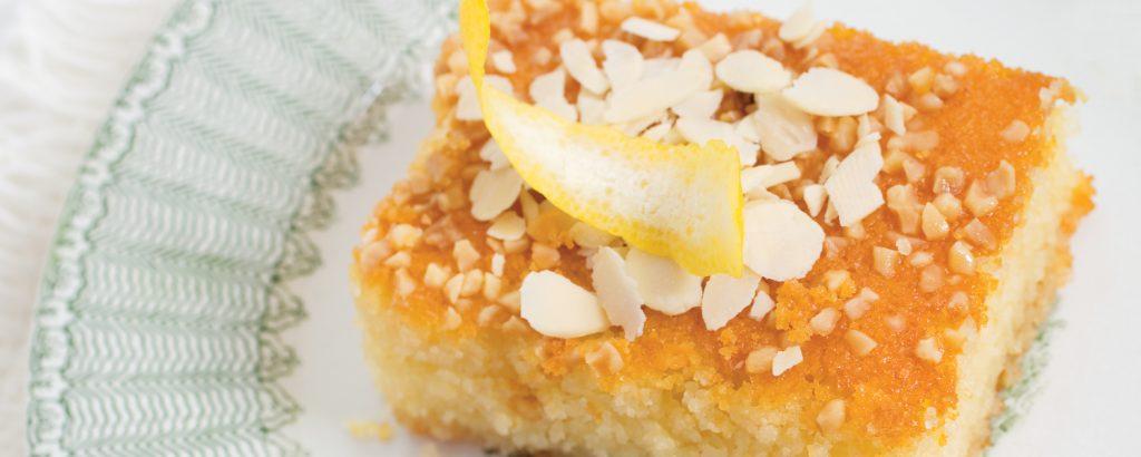 Σιροπιαστό κέικ με ινδοκάρυδο