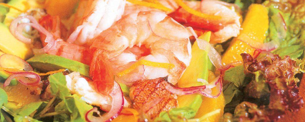 Γαριδοσαλάτα με αβοκάντο και πορτοκάλι