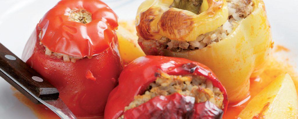 Γεμιστές ντομάτες και πιπεριές