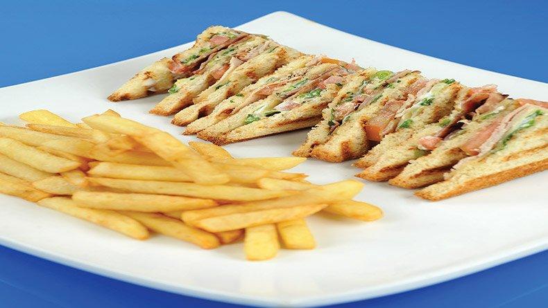 Κλαμπ-σάντουιτς θαλασσινών