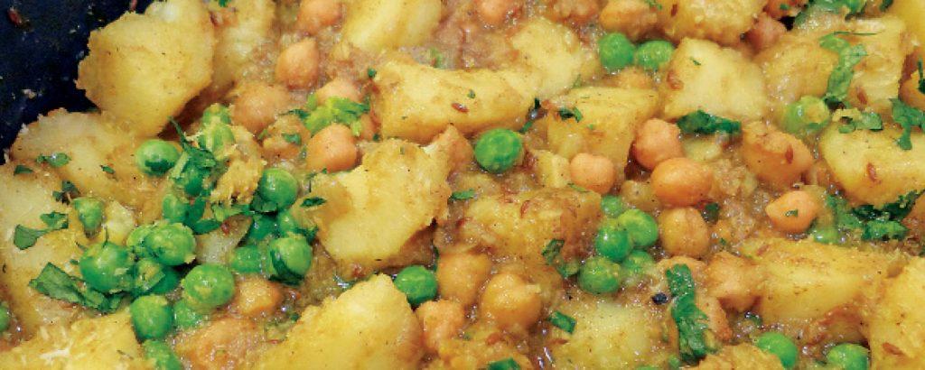 Κάρι με πατάτες