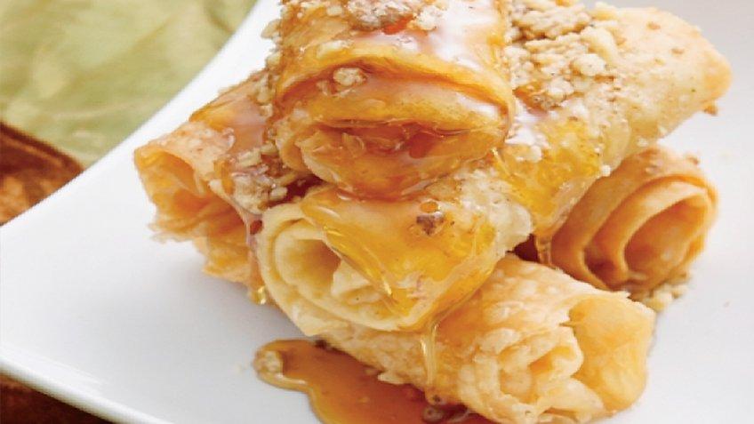 Δίπλες με μέλι και κανέλα