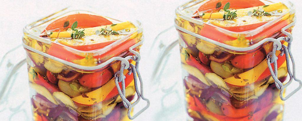 Αντιπάστι ελιές και λαχανικά στο λάδι