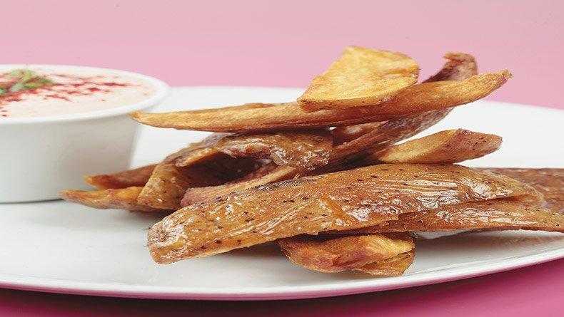 Φλούδες πατάτας και ντιπ Κεϊτζούν