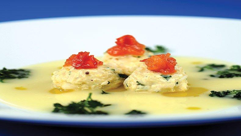 Γιουβαρλάκια κοτόπουλου µε σάλτσα αβγολέµονο