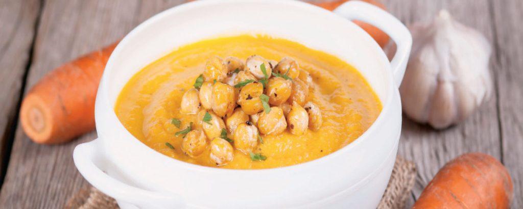 Καροτόσουπα με ψητά ρεβίθια
