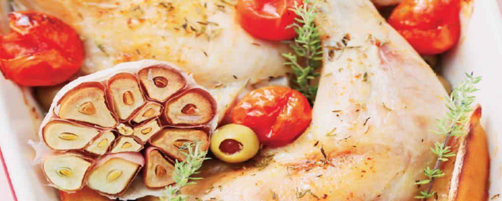 Κοτόπουλο με λεμόνι και γεμιστές ελιές