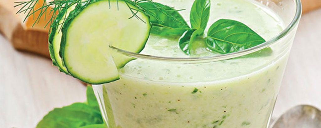 Κρύα σούπα γιαούρτι-αγγούρι