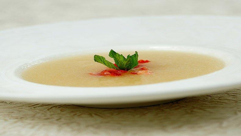 Κρύα σούπα πεπόνι