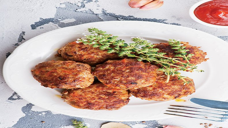 Μπιφτέκια με ντομάτα στο γκριλ του φούρνου