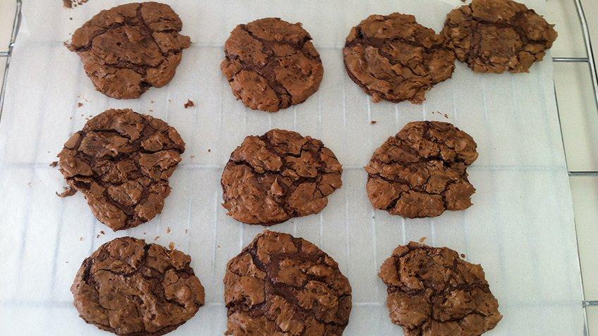 Μπισκότα brownies με κρέμα