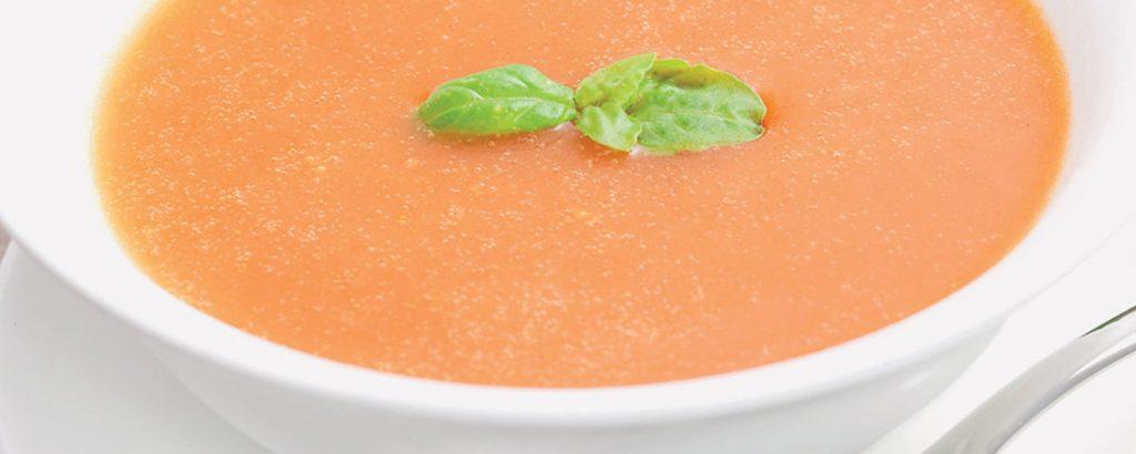 Ντοματόσουπα με βασιλικό