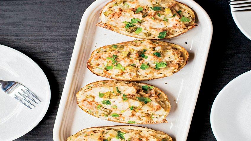 Πατάτες γεμιστές με τόνο