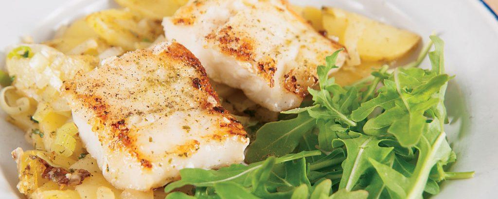Ψάρι στο φούρνο µε πατάτες