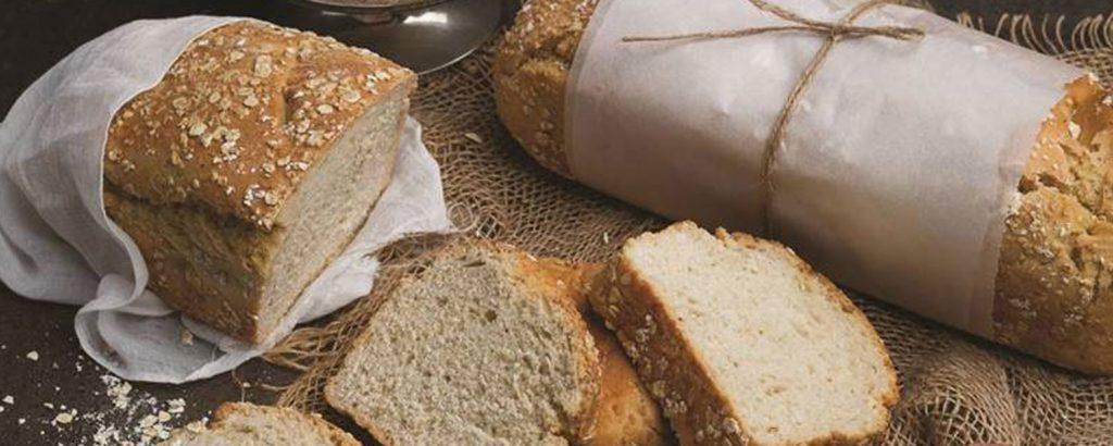 Σπιτικό υγιεινό ψωμί ολικής αλέσεως με βρώμη Quaker