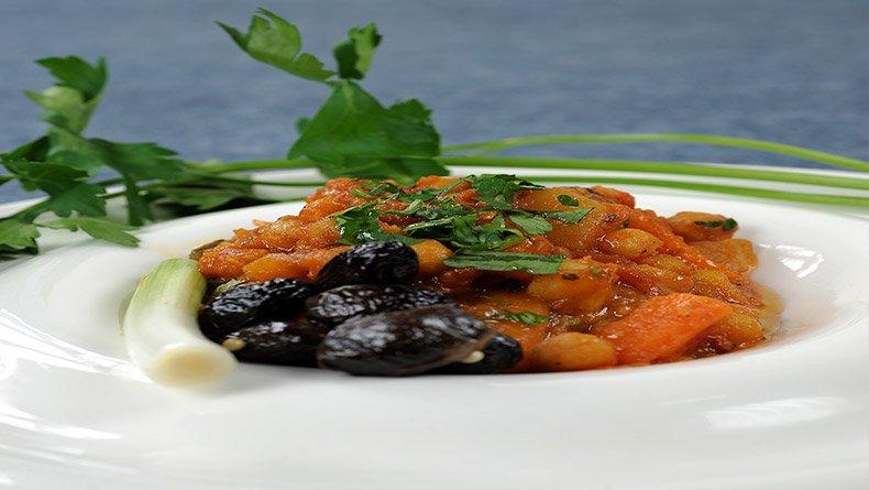 Ρεβίθια με λαχανικά