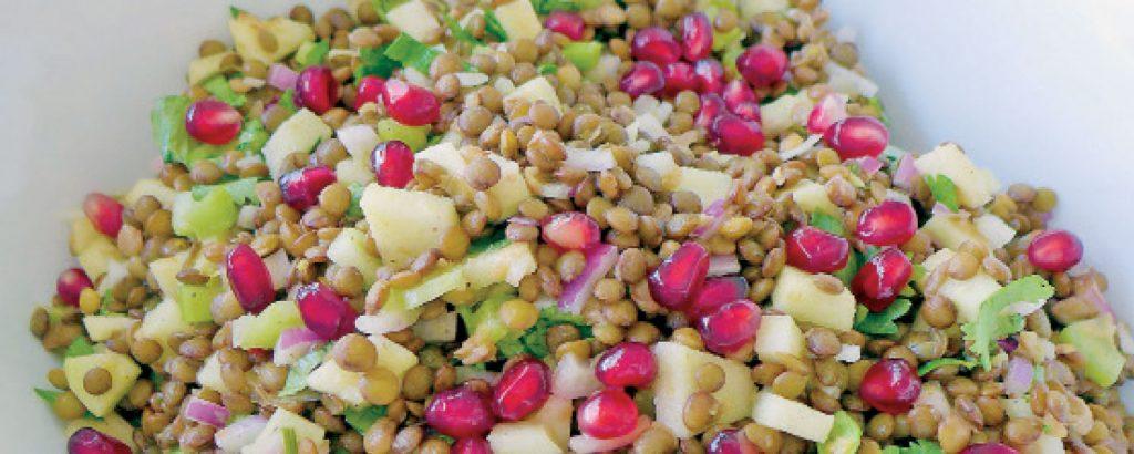 Σαλάτα με φακές και πράσινο μήλο