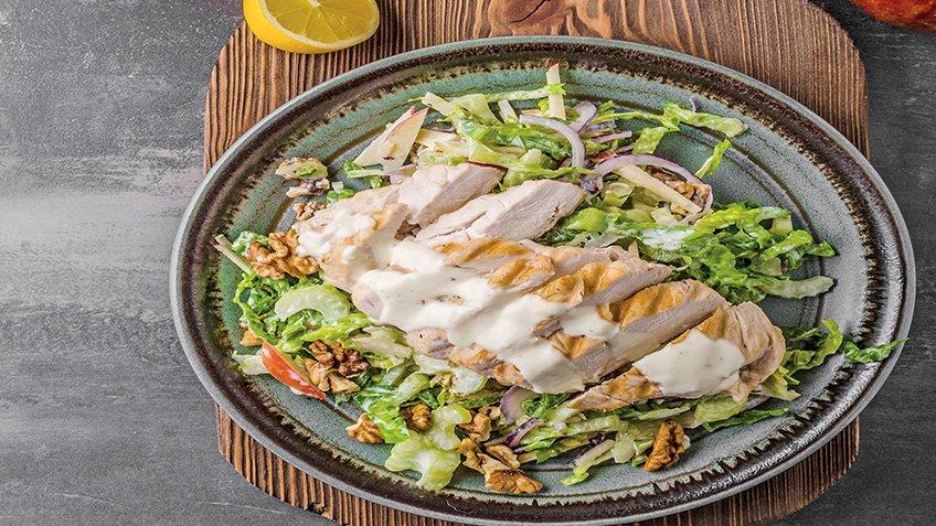 Σαλάτα με κοτόπουλo και blue cheese