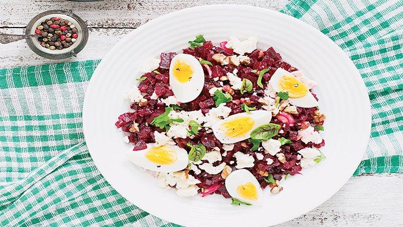 Σαλάτα με παντζάρι και αβγό