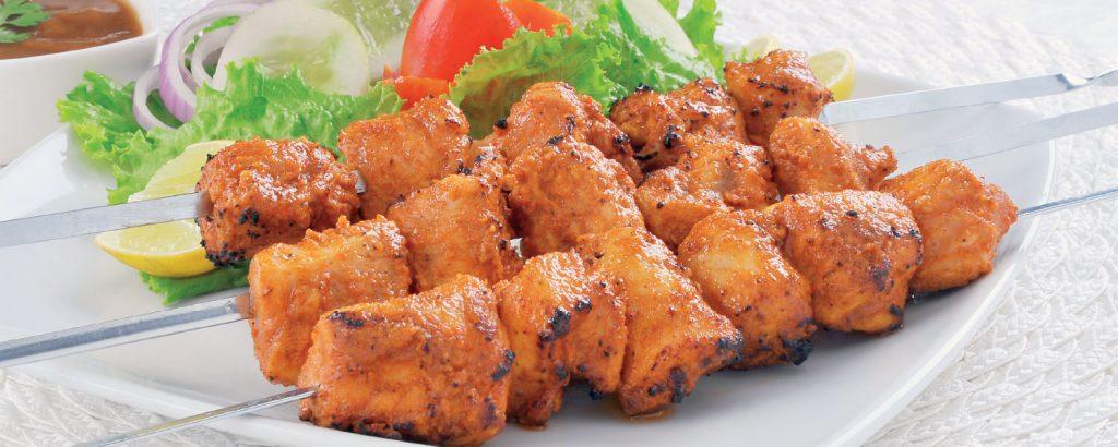 Πικάντικο κοτόπουλο σουβλάκι Τikka Massala