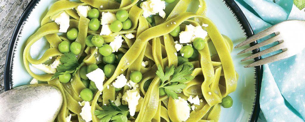Πράσινες ταλιατέλες με αρακά