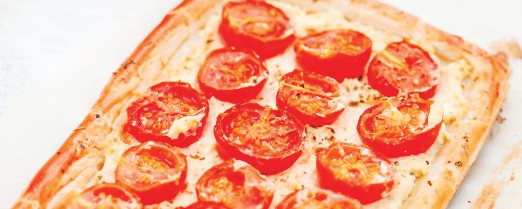 Τάρτα με αναρή και ντομάτες