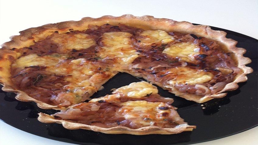 Τάρτα κρεμμυδιών με τυρί